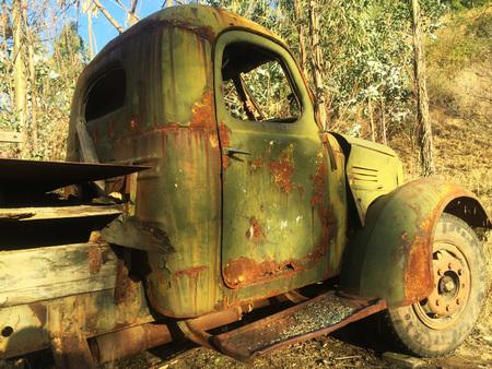 rusty: rusty truck