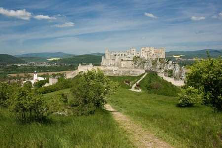 Beckov Castle photo