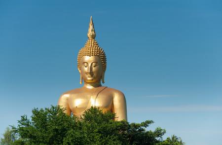 ang thong: Big Buddha at Wat Muang Ang Thong
