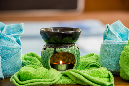 oil lamp: Spa oil lamps, folding cloth, spa massage room