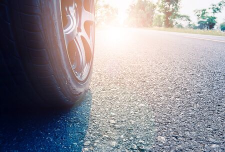 Wheels on the road with morning light, concepts of business success Stockfoto