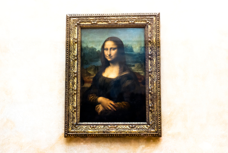 leonardo da vinci: Mona Lisa by the Italian artist Leonardo da Vinci at the Louvre Museum, April 15, 2015 in Paris, France.