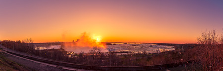 the edge of horseshoe falls: panorama of Niagara Falls on a beautiful morning Stock Photo