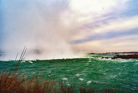 Niagara falls between United States of America and Canada