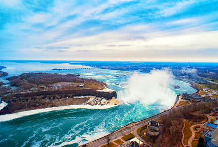 Chutes du Niagara entre les États-Unis d'Amérique et le Canada