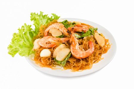 vermicelli: Fideos de camar�n comida tailandesa aislada