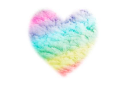 amor gay: Las nubes en forma de coraz�n con un arco iris, que simboliza el amor gay