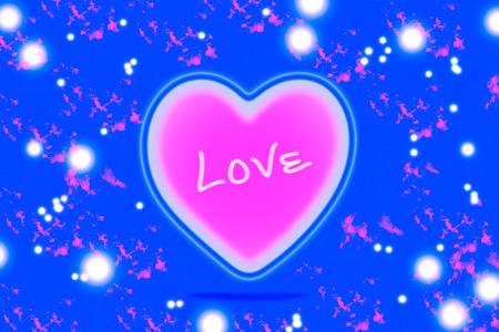 corazones azules: corazón de color rosa sobre fondo azul Foto de archivo