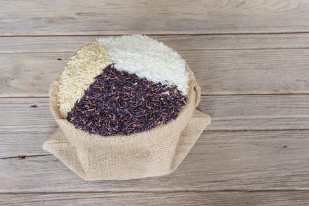 coarse: Jasmine rice, Coarse rice and berries Rice in sack