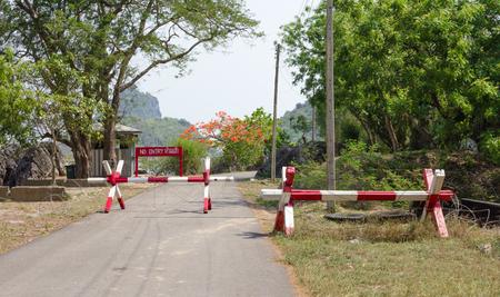 roadblock: No entry with roadblock road