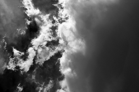 white cloud and black sky textured background Stock Photo - 118542496