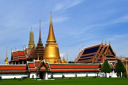 Wat Phra Kaew (Temple of the emerald buddha), Bangkok, Thailand photo