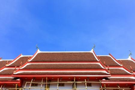 inhabits: repair in thai temple