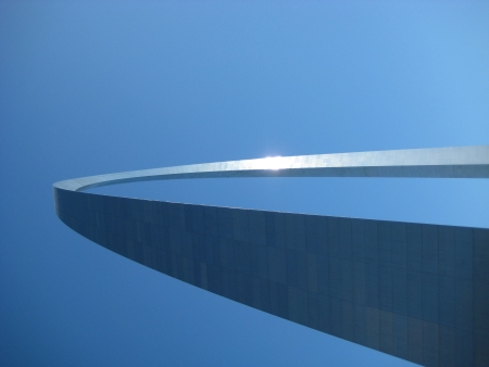 st  louis arch: View from the underside of the St Louis Arch 1 Stock Photo