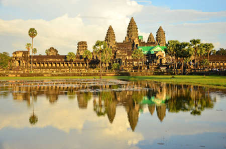 sculp: The Reflection of Angkor Wat