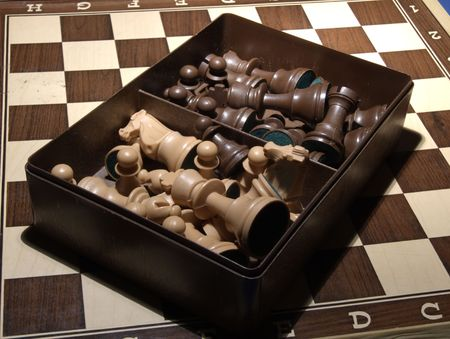 Chess - Box full of pieces 2