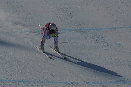 deportes olimpicos: Théaux Adrien de acción FRA durante una carrera de final de Audi FIS del mundo de esquí de los hombres de la Copa de descenso, también un evento de prueba para los Juegos Olímpicos de Invierno de 2018 en Pyeongchang, en el centro alpino en Jeongseon Jeongseon, Corea del Sur. Editorial
