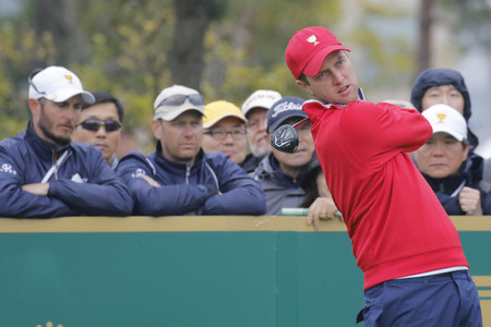 pga: United States Team Player Chris Kirk action on the 4th tee during the PGA Tour President Cup Single Match at Jack Nicklaus GC in Incheon, South Korea.