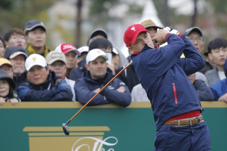 pga: United States Team Player Jordan Spieth action on the 4th tee during the PGA Tour President Cup Single Match at Jack Nicklaus GC in Incheon, South Korea.