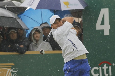 pga: International Team Player Jason Day action on the 4th tee during the PGA Tour President Cup Single Match at Jack Nicklaus GC in Incheon, South Korea.