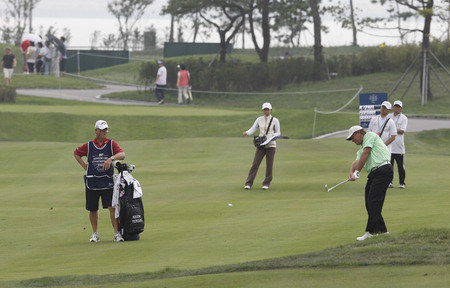 keith: Keith Fergus of USA, 18th hall approach during the PGA Tour Songdo IBD championship second round at Jack Nicklaus golf club in Incheon, west of Seoul, on Sep 17, 2011, South Korea. Editorial