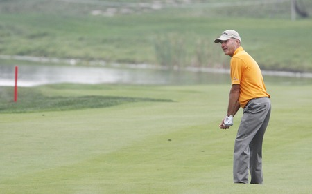 pga: Gary Hallberg of USA, plays 18th hall approach during the PGA Tour Songdo IBD championship second round at Jack Nicklaus golf club in Incheon, west of Seoul, on Sep 17, 2011, South Korea. Editorial