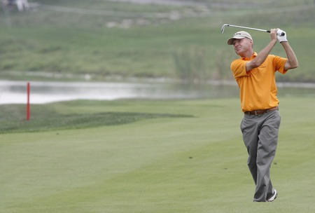 Gary Hallberg of USA, 18th hall approach during the PGA Tour Songdo IBD championship second round at Jack Nicklaus golf club in Incheon, west of Seoul, on Sep 17, 2011, South Korea.