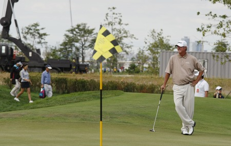 Russ Cochran of USA, plays of 18th hall during the PGA Tour Songdo IBD championship final round at Jack Nicklaus golf club in Incheon on Sep 18, 2011.