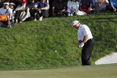 putt: Mark OMeara of USA, 10th hall putt during the PGA Tour Songdo IBD championship final round overtime at Jack Nicklaus golf club in Incheon on Sep 18, 2011.