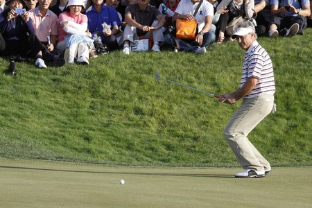 putt: John Cook of USA, 10th hall putt during the PGA Tour Songdo IBD championship final round overtime at Jack Nicklaus golf club in Incheon on Sep 18, 2011.