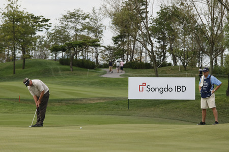 pga: Ted Schulz of USA, 14th hall putt during the PGA Tour Songdo IBD championship final round at Jack Nicklaus golf club in Incheon on Sep 18, 2011. Editorial