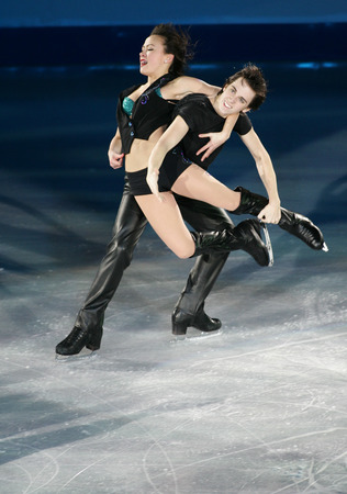U.S.A Madison Chock and Greg Zuerlein performs on the ice during the gala exhibition of the ISU Grand Prix of Figure Skating Final Exhibition 20082009 in Goyang near Seoul December 14, 2008.