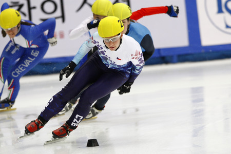 heats: Novotna Katerina, front, of Czech Republic competes in the ladies 500-meters heats of the ISU World Cup Short Track speed Skating Championship 2009 2010 on September 24, 2009, South Korea.