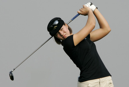 Vicky Hurst of Australia hits a teeshot in the 6th hole during round one of Hana Bank Kolon Championship at Sky 72 Golf Club on October 30, 2009 in Incheon, South Korea.