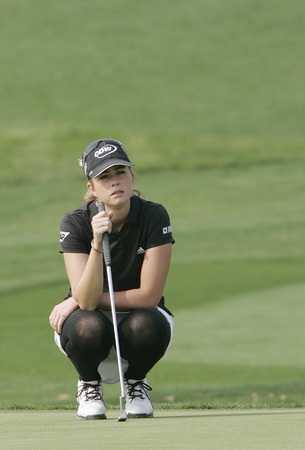 to paula: Paula Creamer of Pleasanton in the 9th hole during one round of Hana Bank Kolon Championship at Sky 72 Golf Club on October 30, 2009 in Incheon, South Korea.