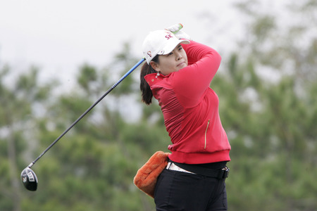 Inbee Park of South Korea hits a tee shot on the 3rd hole during the final round of Hana Bank Kolon Championship at Sky 72 Golf Club on November 1, 2009 in Incheon, South Korea.