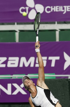 jose: Maris Jose Martinez Sanches of Spain serve to Kristyna Pliskova of Czech Republic (no picture) on Day 3 in the Hansol Korea Open Tennis second round at the Olymoic park tennis cout in seatern Seoul on Sep 22, 2011, South Korea. Maris Jose Martinez Sanches