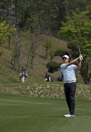oh: April 29, 2012-South Korea, Icheon : David Oh of USA in action during the fourth round of the Ballantines Championship at Blackstone Golf Club.