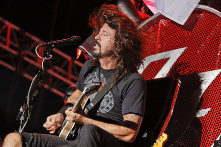 July 26, 2015 - South Korea, Ansan : Foo Fighters performs on the stage during the Ansan M Valley Rock Festival.  Rock Festival is held on every july annual music festival. (Ryu Seung-il  Polaris) 報道画像