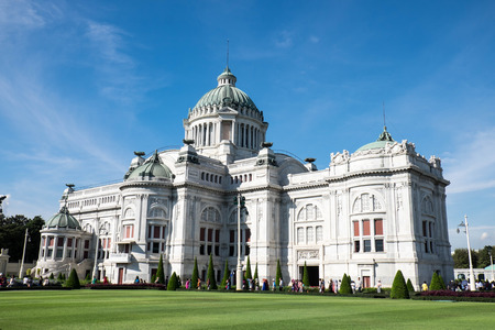 marble palace: The Ananta Samakhom Palace - 2016 : Ananta Samakhom Palace is built in the reign of King Rama V King Rama 5. An architectural  features neo-Renaissance and the neo-classical by decorating the palace with marble which  came from Italy, featuring caramelize