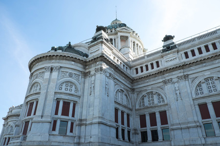 neoclassical: The Ananta Samakhom Palace - 2016 : Ananta Samakhom Palace is built in the reign of King Rama V King Rama 5. An architectural  features neo-Renaissance and the neo-classical by decorating the palace with marble which  came from Italy, featuring caramelize