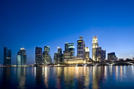 marina life: Singapore City skyline as it was in Feb 2010.