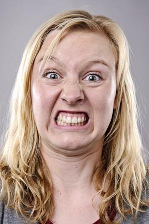 mujer fea: Un rostro muy gracioso capturado en alto detalle (ver lista para m�s de esta serie)