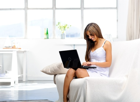 replies: Woman replies to work e-mails from the comforts of her home