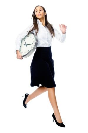 hetzen: Die Zeit l�uft weg Konzept mit Gesch�ftsfrau, die Uhr und springen auf wei�em Hintergrund