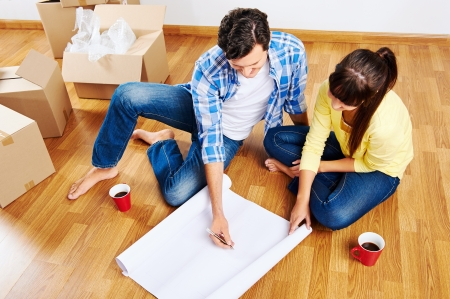 new home floor plans couple moving in Stock Photo - 20943956