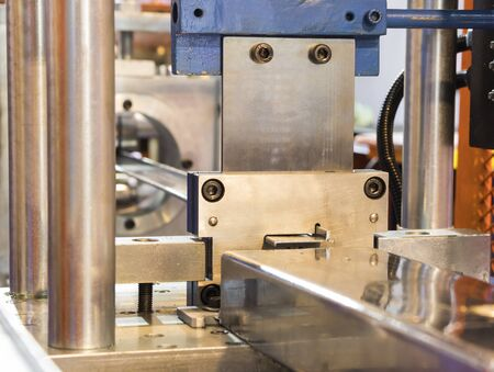stainless bar sheet exit from die in cold roll process ; focus as product and die ; tooling ; industrial engineering background