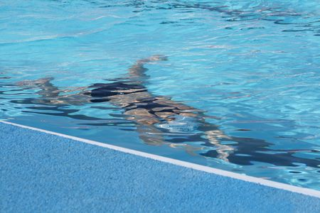 Figure of the sportsman in pool under water Stock Photo - 1978584