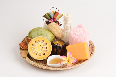raw materials: Baell Soap, Mix with fresh Bael and honey, hand-made soap is made from natural raw materials.