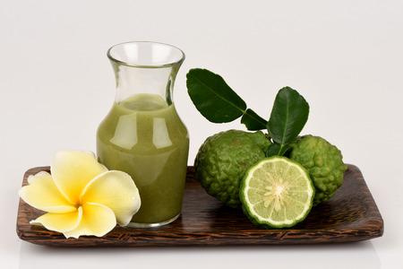 Kaffir lime, Leech lime, Mauritius papeda, Extract, Medicinal and hair care treatment.